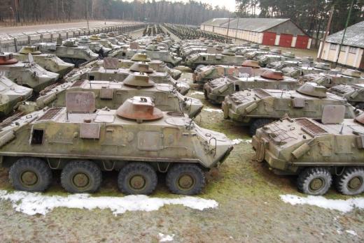 2014 3 19 16 04 17 Для Украины нашли военную технику, много!