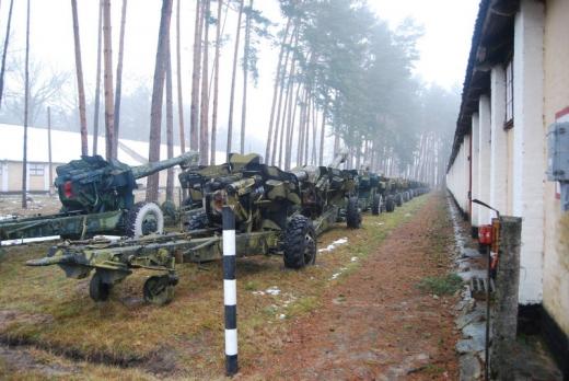 2014 3 19 16 04 29 Для Украины нашли военную технику, много!