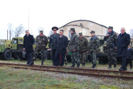 2014 3 19 17 20 49 Для Украины нашли военную технику, много!