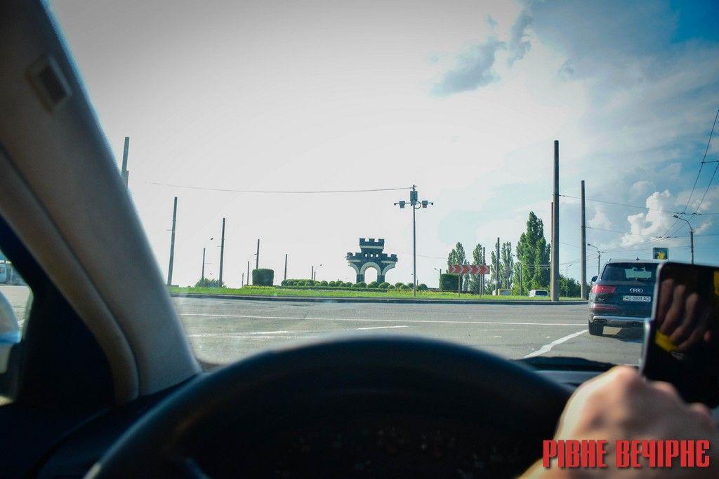 Білоруське підприємство виграло тендер на капремонт дороги Рівне-Луцьк
