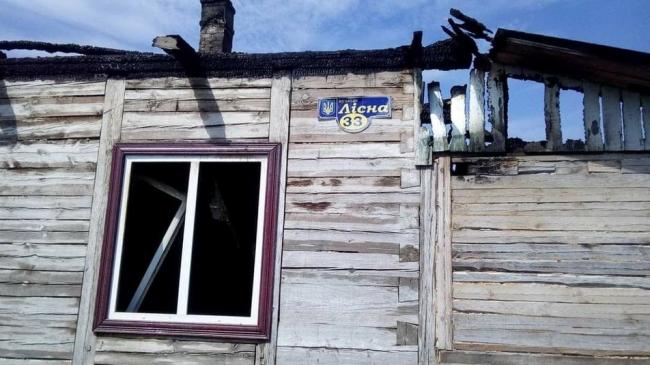 Дітей рятували через вікна: у багатодітного захисника Донецького аеропорту згорів дім