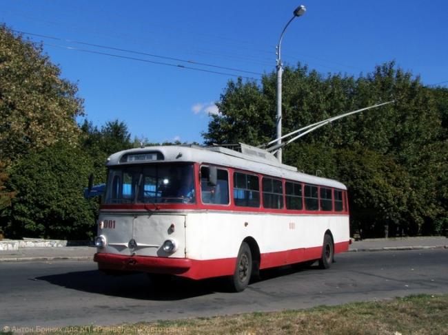 тролейбус рівне