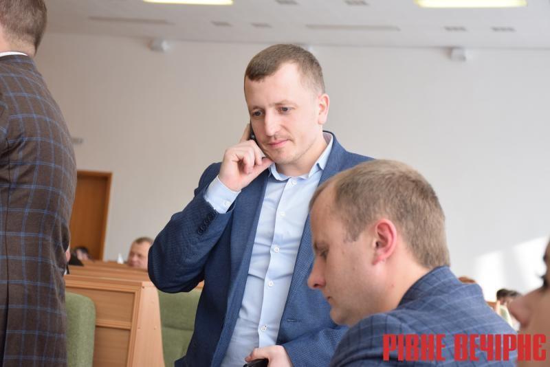 Юрій Нілабович, керівник комунального відділу виконавчого апарату облради