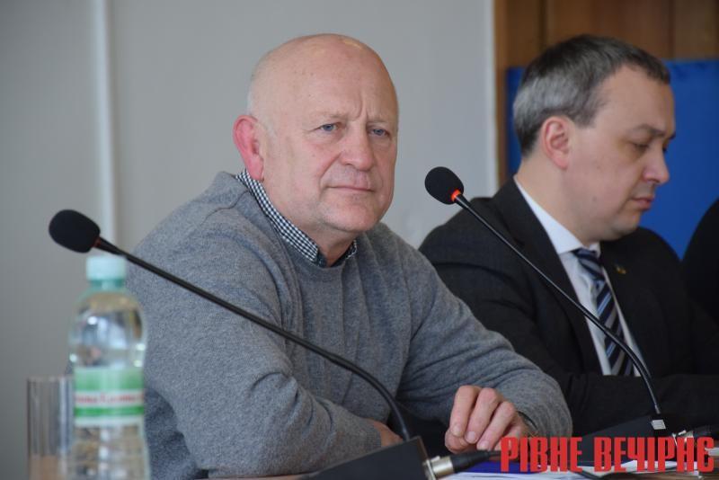 Данильчук звільнив двох керівників медичних комунальних закладів на Рівненщині