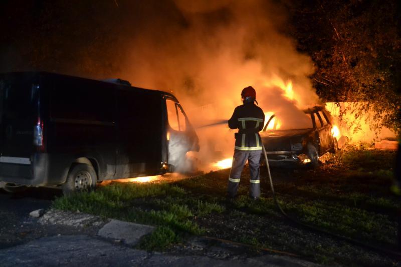 Підприємець, у якого за місяць згоріло п'ять автомобілів, відмовляється від розслідування
